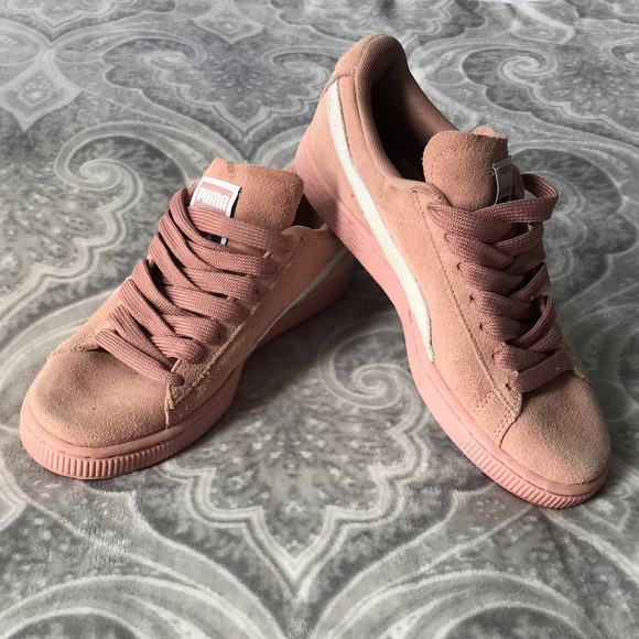 Puma Shoes   Suede Salmon Sneakers